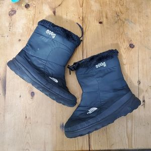 The North Face Snow Boots Booties